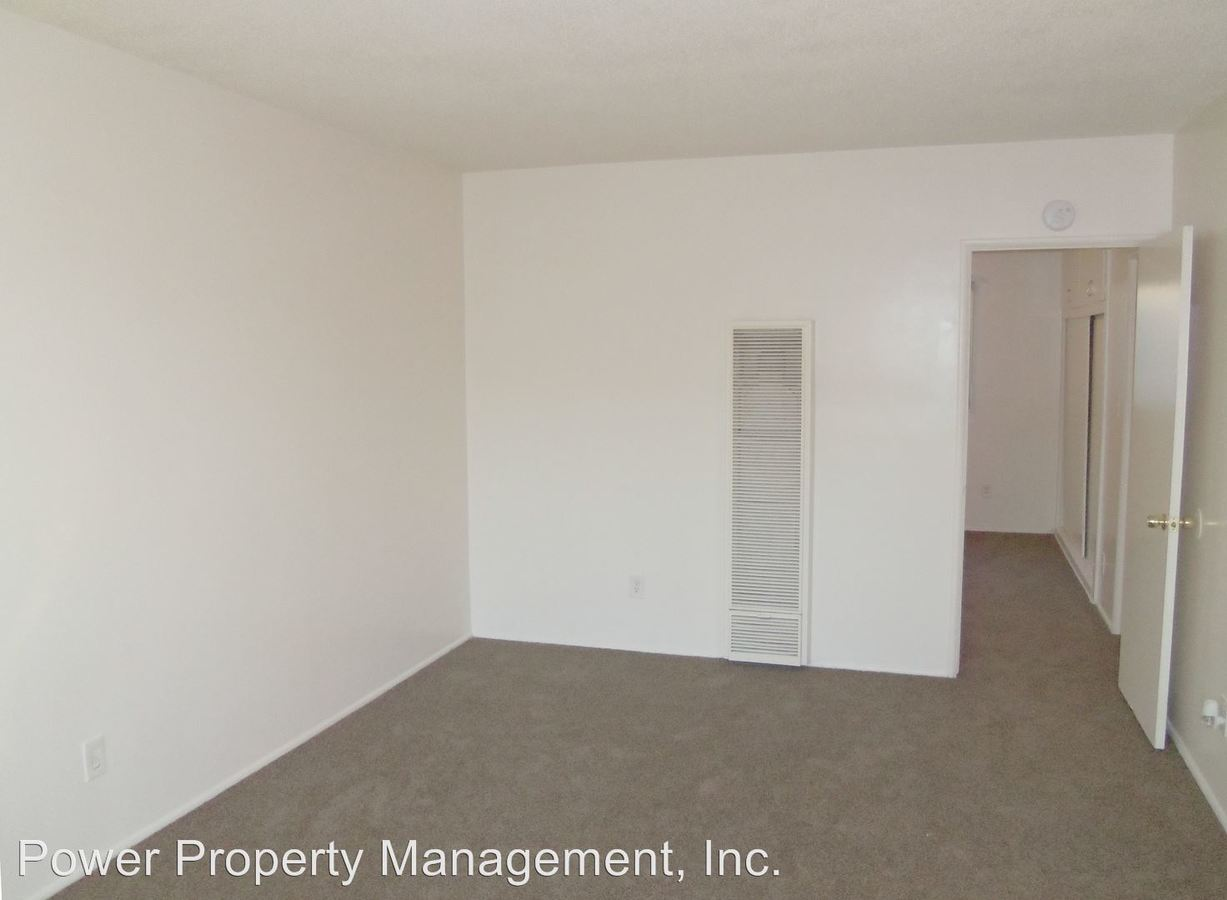1 Bedroom 1 Bathroom Apartment for rent at 111-115 E. Beach Ave. in Inglewood, CA