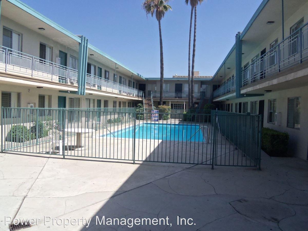 2 Bedrooms 1 Bathroom Apartment for rent at 9553 Flower Street in Bellflower, CA