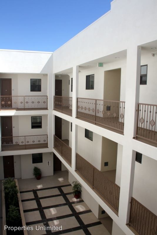 2 Bedrooms 2 Bathrooms Apartment for rent at 12345 Chandler Blvd in Valley Village, CA