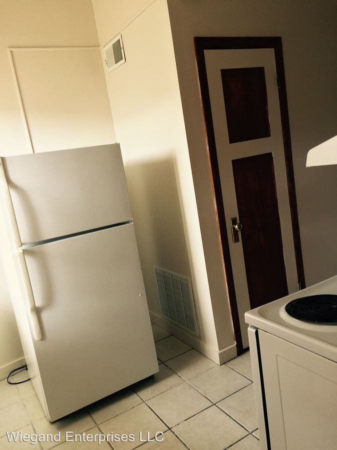 2 Bedrooms 1 Bathroom Apartment for rent at 2311 West Wisconsin in Milwaukee, WI
