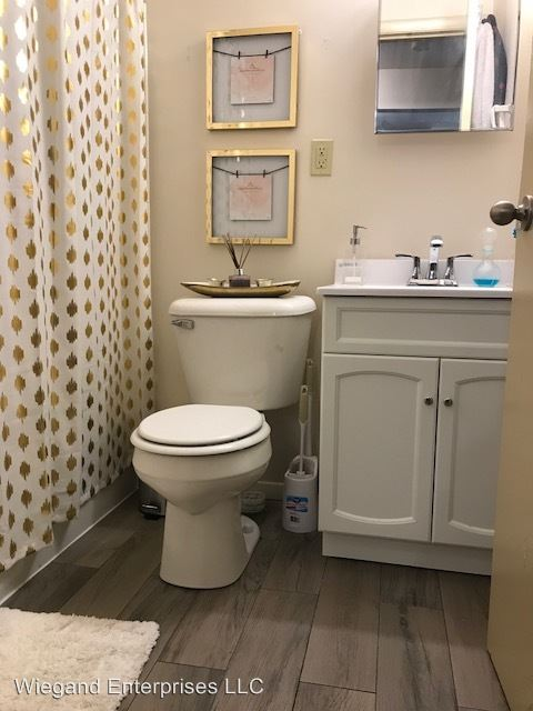 1 Bedroom 1 Bathroom Apartment for rent at 2807 West Michigan in Milwaukee, WI