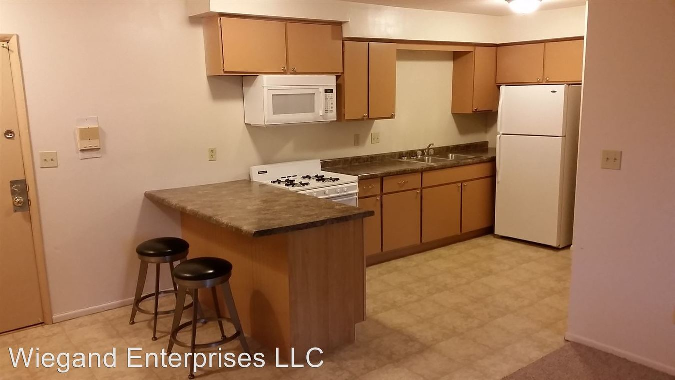1 Bedroom 1 Bathroom Apartment for rent at 825 North 22nd in Milwaukee, WI