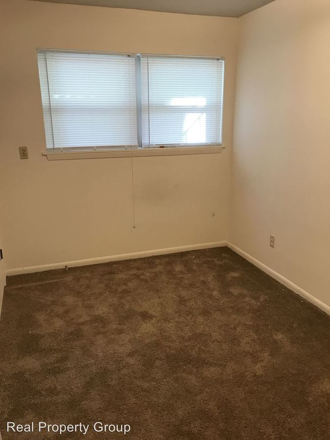2 Bedrooms 1 Bathroom Apartment for rent at 402 Lawrence Place in Columbia, MO