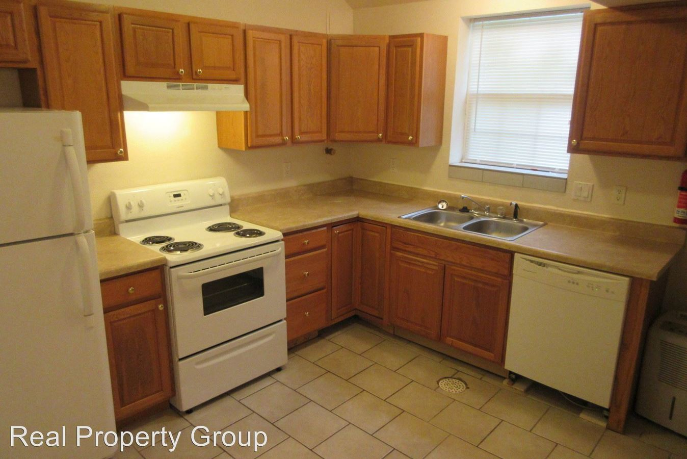 1 Bedroom 1 Bathroom Apartment for rent at 404 Lawrence Place in Columbia, MO