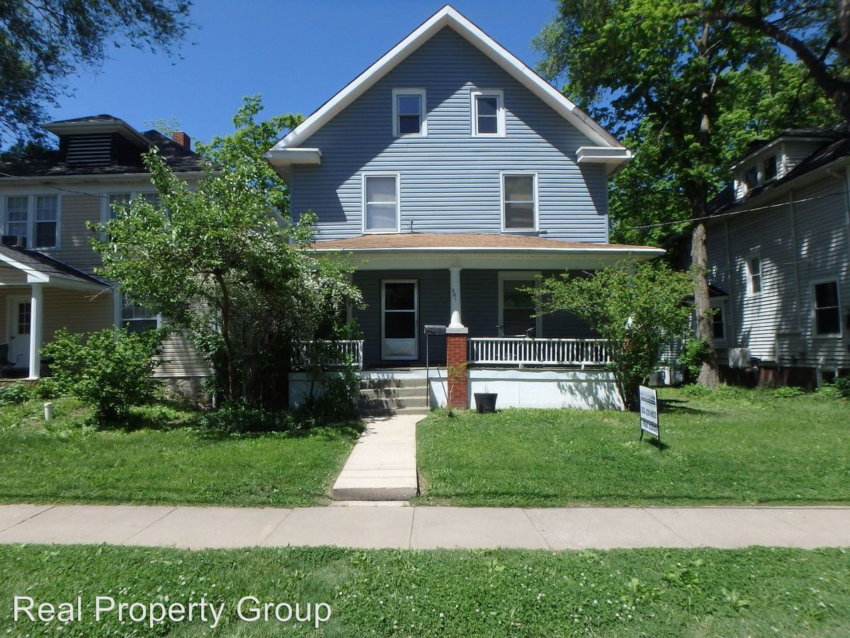 1 Bedroom 1 Bathroom Apartment for rent at 301 Waugh St in Columbia, MO