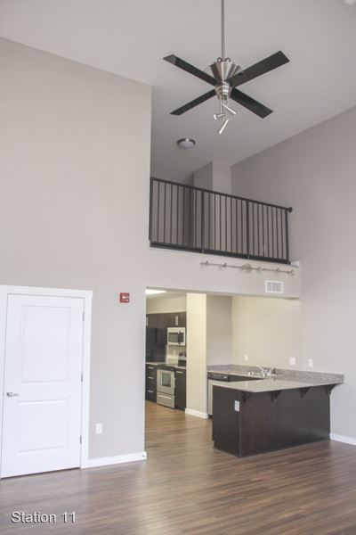 3 Bedrooms 2 Bathrooms Apartment for rent at 701 N. College Ave. in Bloomington, IN