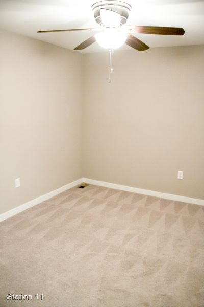 4 Bedrooms 4+ Bathrooms Apartment for rent at 701 N. College Ave. in Bloomington, IN