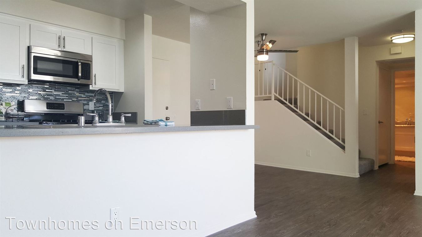 2 Bedrooms 2 Bathrooms Apartment for rent at 8600 Emerson Avenue Leasing Office in Los Angeles, CA