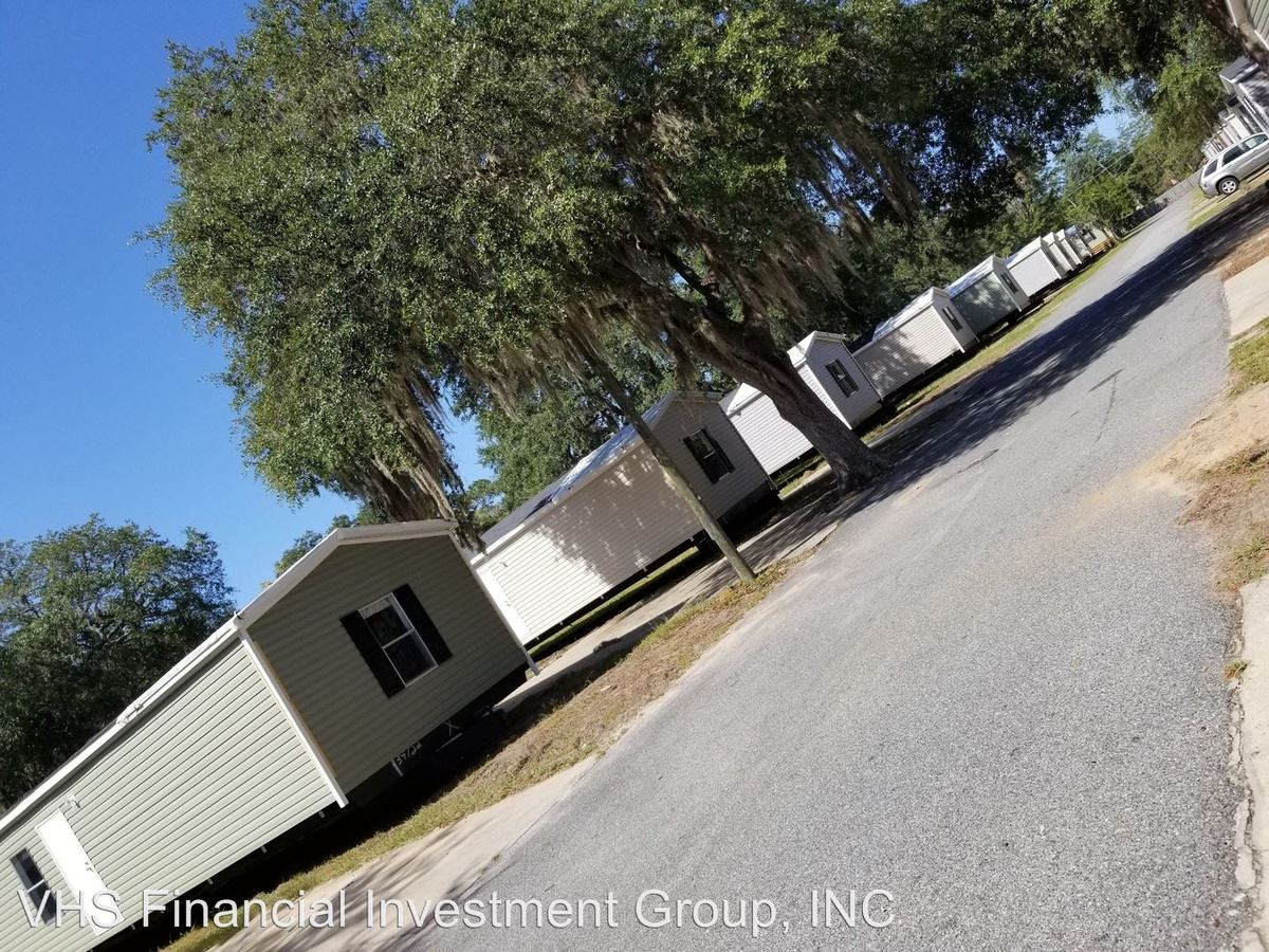 3 Bedrooms 2 Bathrooms Apartment for rent at 1144 South Main in Hinesville, GA