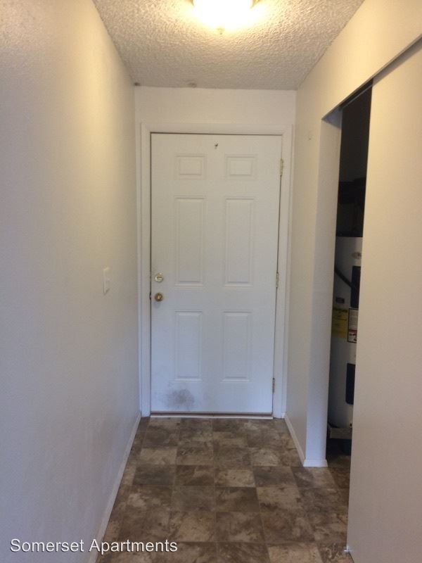 2 Bedrooms 1 Bathroom Apartment for rent at 1516 N 19th St in Mount Vernon, WA