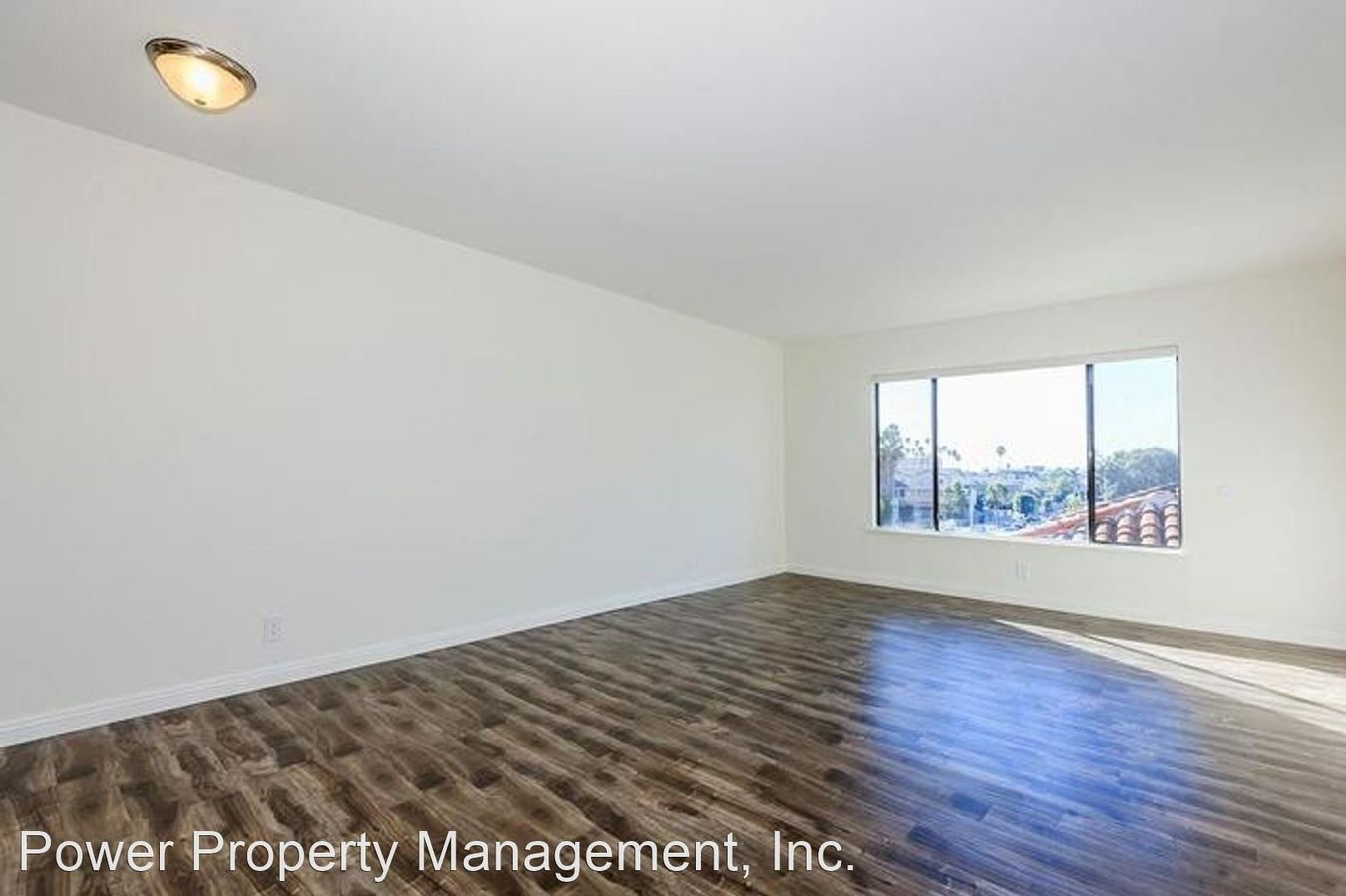 2 Bedrooms 2 Bathrooms Apartment for rent at 1625 Crenshaw Blvd in Los Angeles, CA