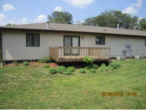 2 Bedrooms 1 Bathroom Apartment for rent at 3919-3921 Sims Lane in Bloomington, IN