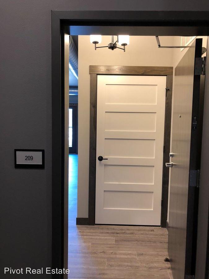 3 Bedrooms 2 Bathrooms Apartment for rent at 1050 Depot Lane Se in Cedar Rapids, IA