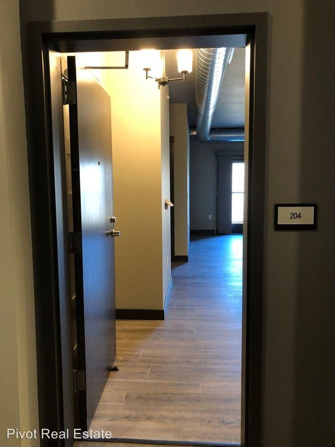2 Bedrooms 1 Bathroom Apartment for rent at 1050 Depot Lane Se in Cedar Rapids, IA