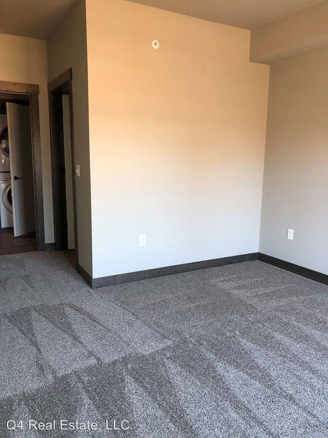 1 Bedroom 1 Bathroom Apartment for rent at 1050 Depot Lane Se in Cedar Rapids, IA
