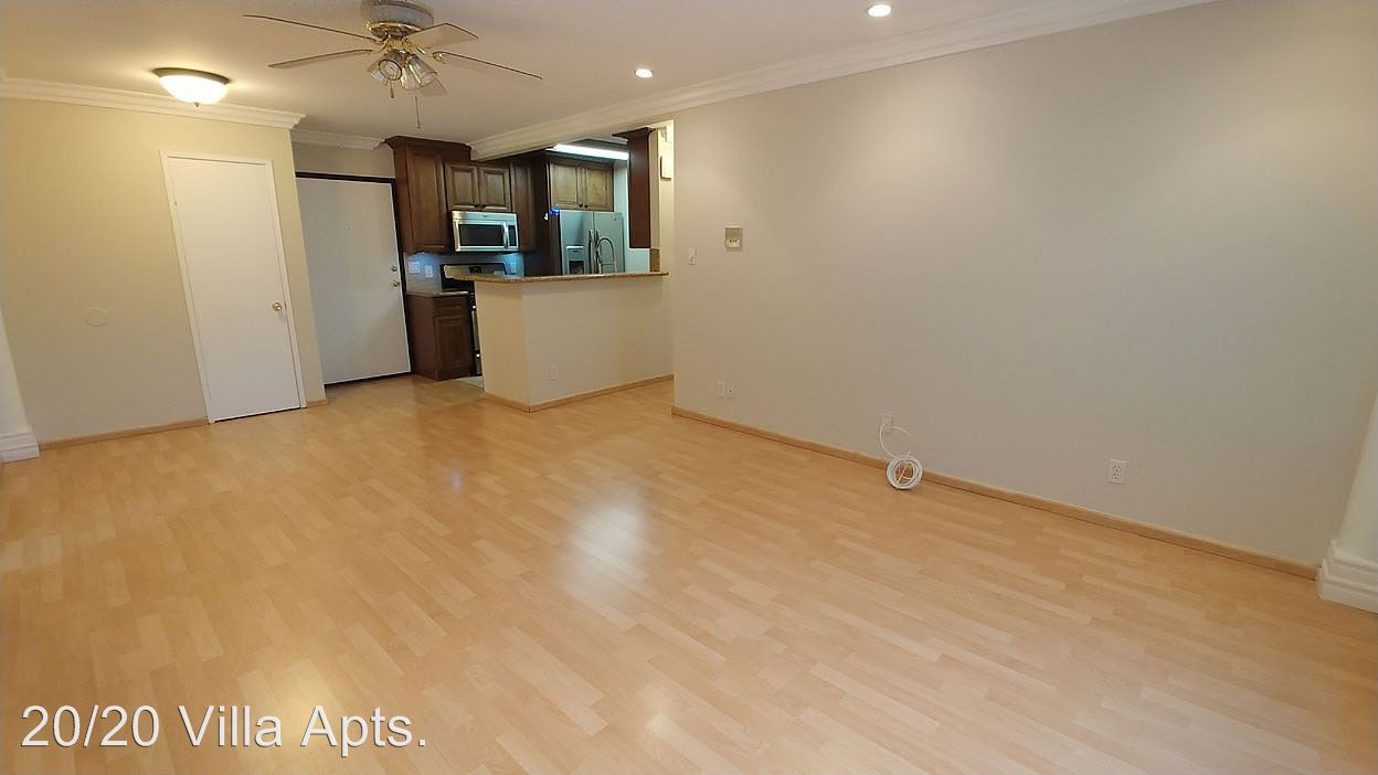 2 Bedrooms 2 Bathrooms Apartment for rent at 2020 N. Beachwood Dr. in Hollywood Hills, CA