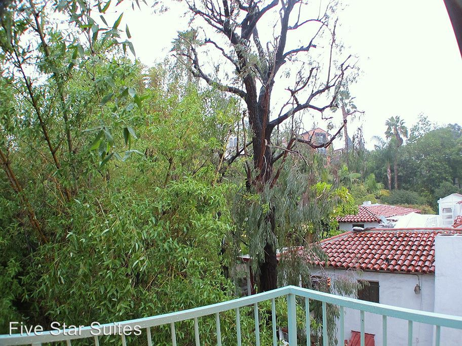 2 Bedrooms 2 Bathrooms Apartment for rent at 2069 N. Argyle Ave. in Hollywood Hills, CA