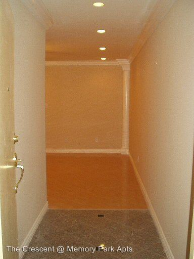 2 Bedrooms 2 Bathrooms Apartment for rent at 8950 Memory Park Ave. in North Hills, CA
