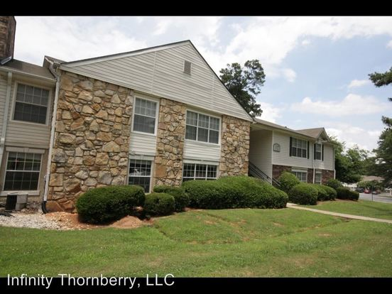 1 Bedroom 1 Bathroom Apartment for rent at 2435 Aylesbury Loop in Decatur, GA