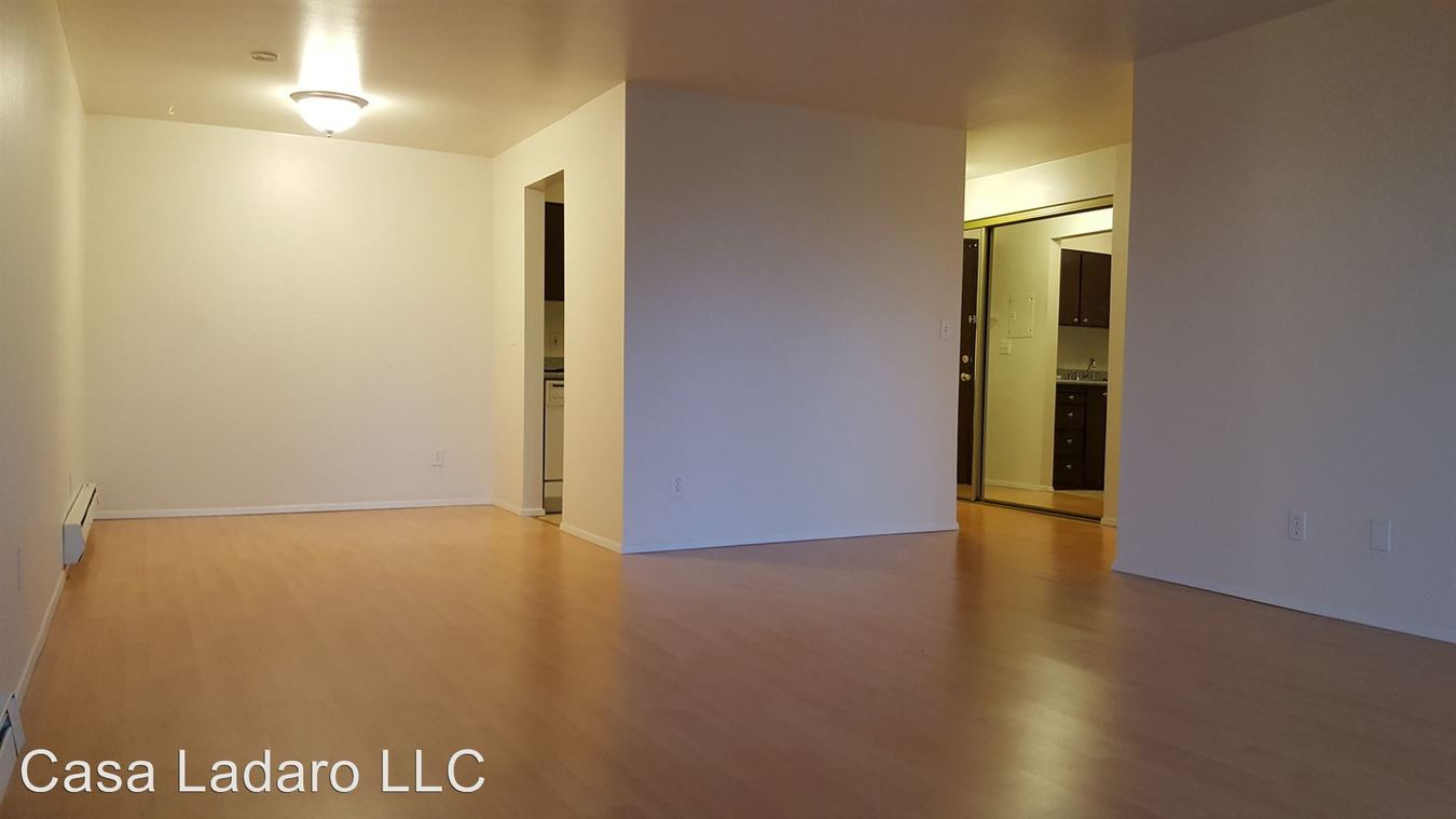 1 Bedroom 1 Bathroom Apartment for rent at 3535 27th Place. W in Seattle, WA