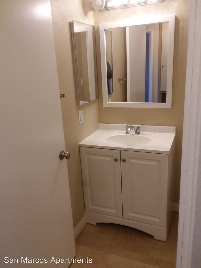 2 Bedrooms 1 Bathroom Apartment for rent at 233 W San Marcos Blvd in San Marcos, CA