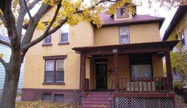 Similar Apartment at 17 N Bassett St
