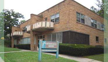 Similar Apartment at 2135 University Ave