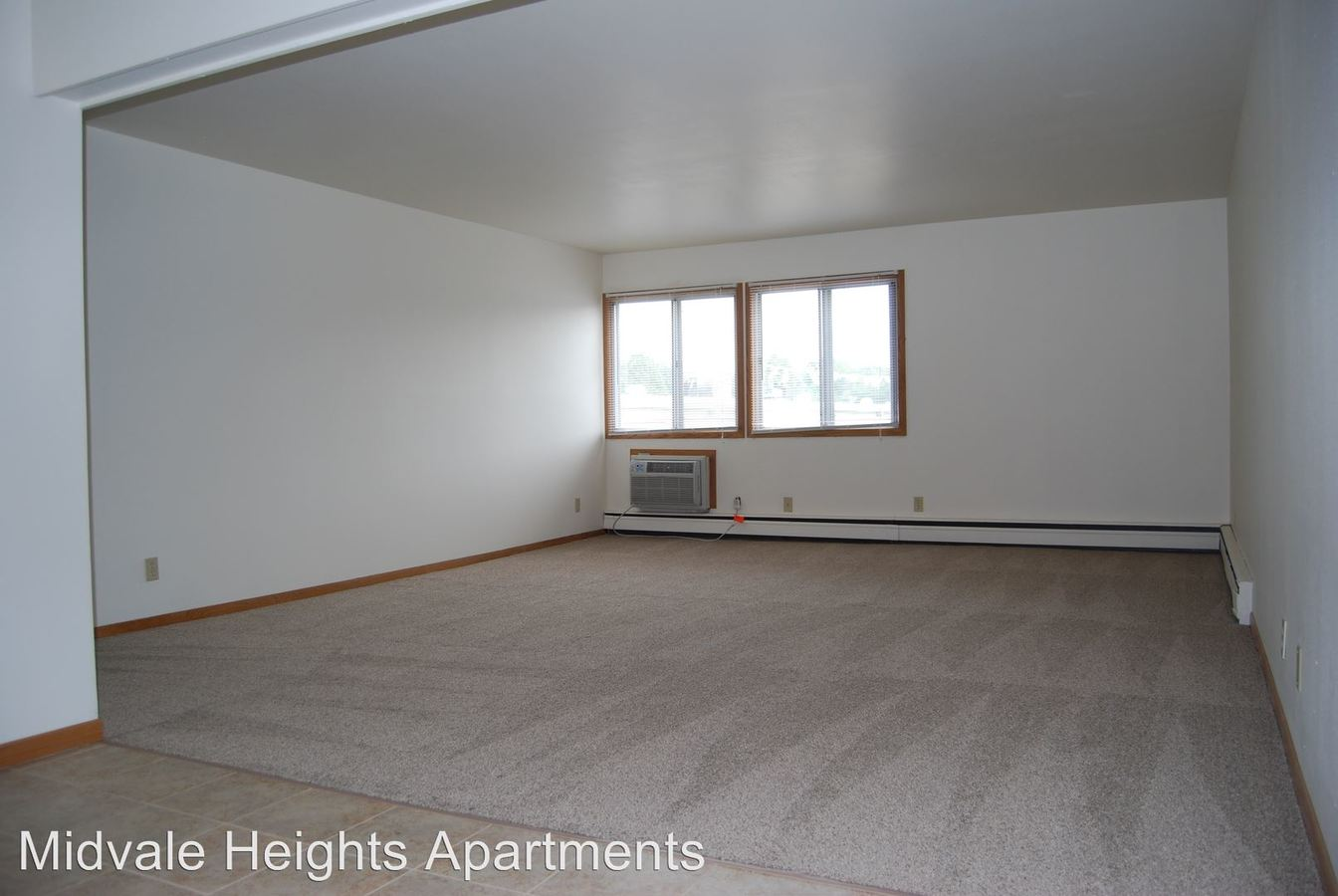 3 Bedrooms 1 Bathroom Apartment for rent at 501 South Midvale Boulevard in Madison, WI