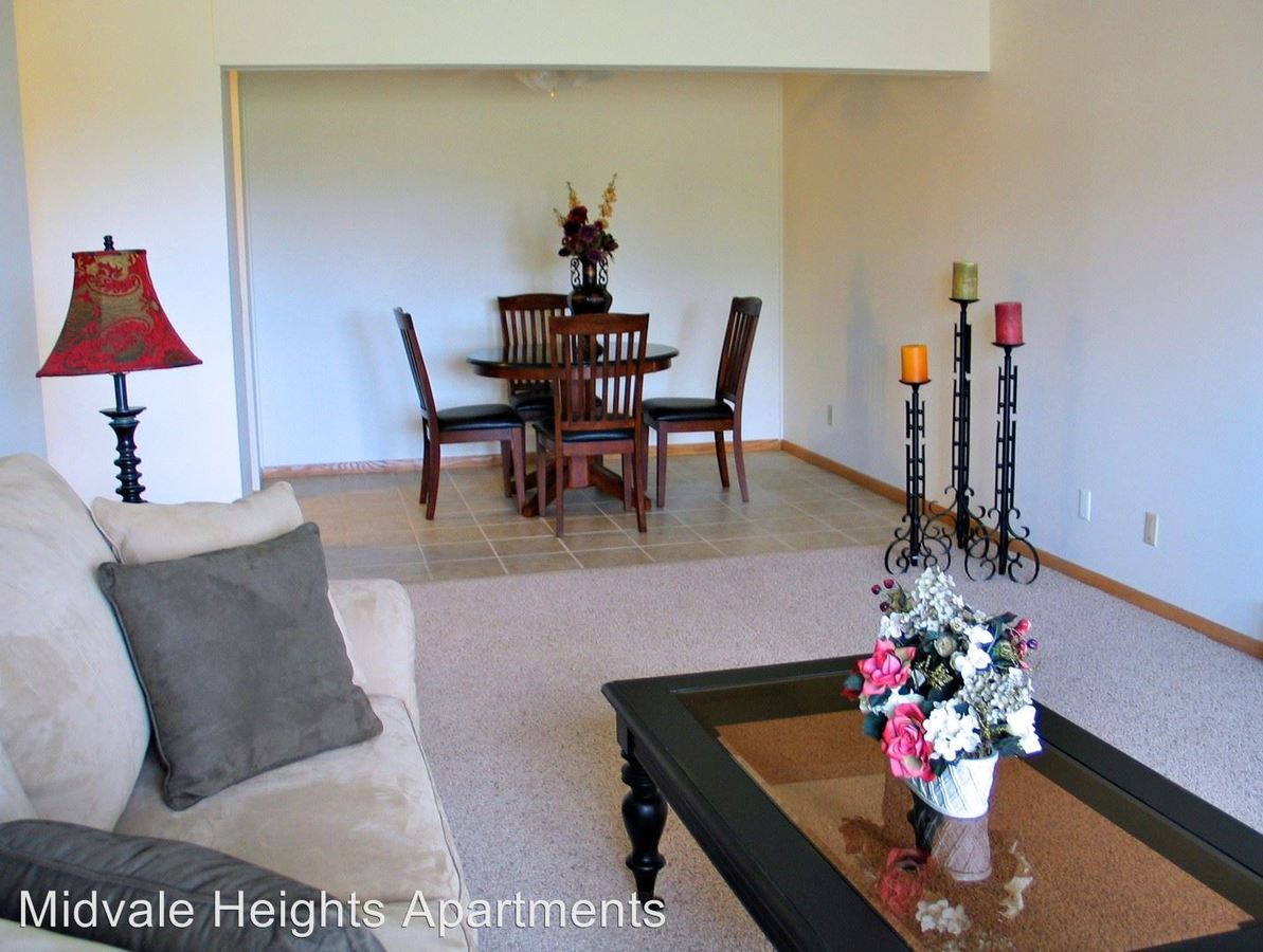 2 Bedrooms 1 Bathroom Apartment for rent at 501 South Midvale Boulevard in Madison, WI