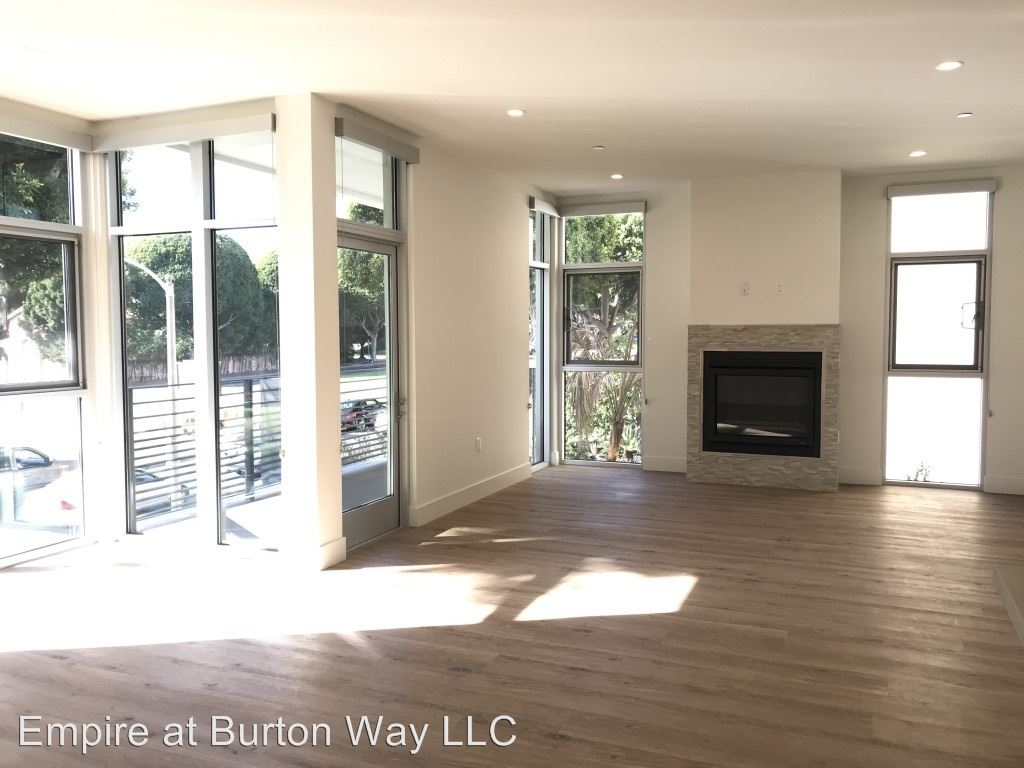 2 Bedrooms 2 Bathrooms Apartment for rent at 9265 Burton Way in Beverly Hills, CA