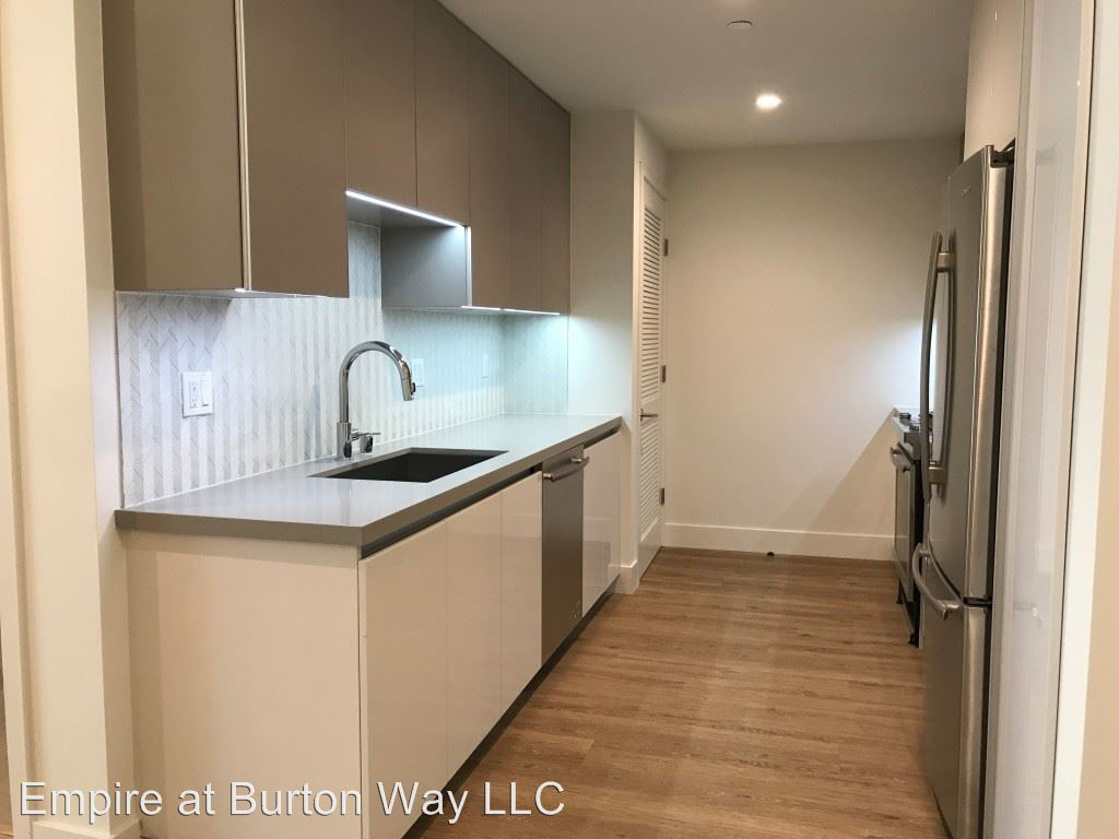 1 Bedroom 1 Bathroom Apartment for rent at 9265 Burton Way in Beverly Hills, CA