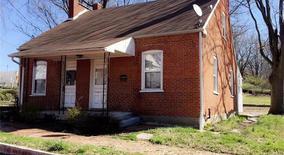 Similar Apartment at 615 Oak