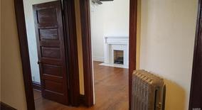Similar Apartment at 4410 Laclede Avenue