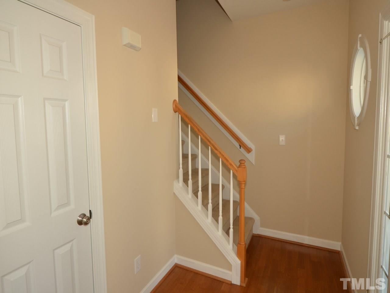 Similar Apartment at 4621 Landover Dale Drive