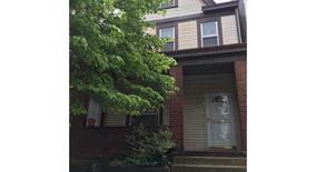 Similar Apartment at 3714 Orpwood St