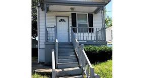 Similar Apartment at 118 West Ripa Avenue
