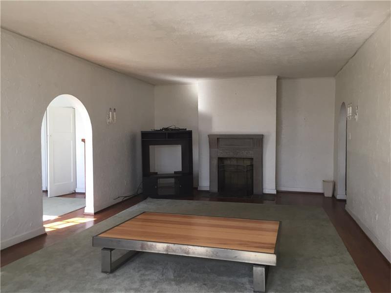Similar Apartment at 4301 Andover Ter