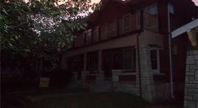 Similar Apartment at 5017 Mardel Avenue