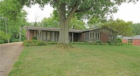 Similar Apartment at 413 Brooktree Drive