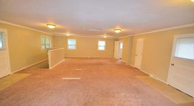 Similar Apartment at 6233 Brookview Avenue