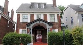 Similar Apartment at 405 S Dallas Ave