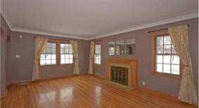 Similar Apartment at 4624 Vallacher Avenue