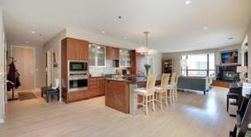 Similar Apartment at 3116 W Lake Street