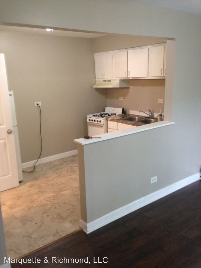 1 Bedroom 1 Bathroom Apartment for rent at 12510 S. Lincoln St in Calumet Park, IL