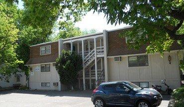 Similar Apartment at 1219 Claffin Rd