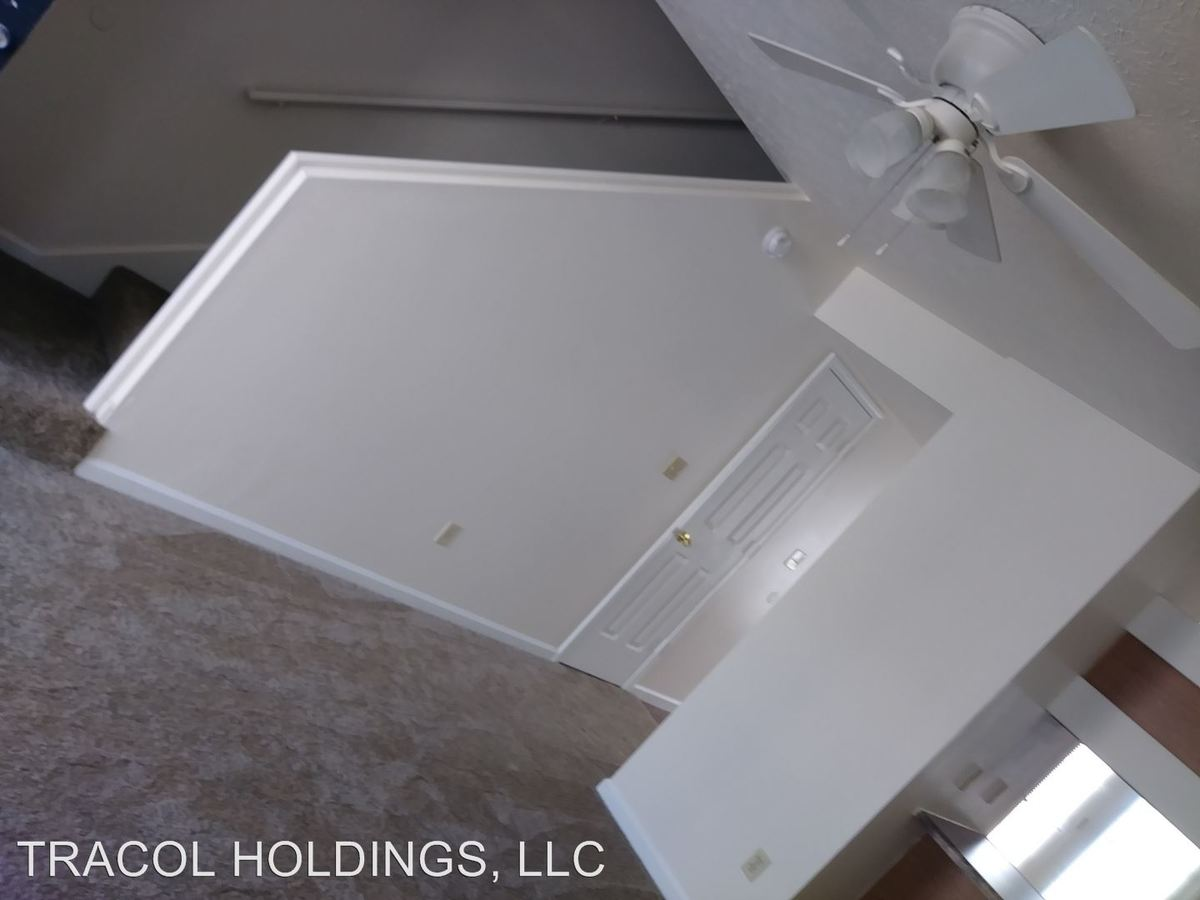 2 Bedrooms 1 Bathroom Apartment for rent at 1622 S. Curry Pike in Bloomington, IN