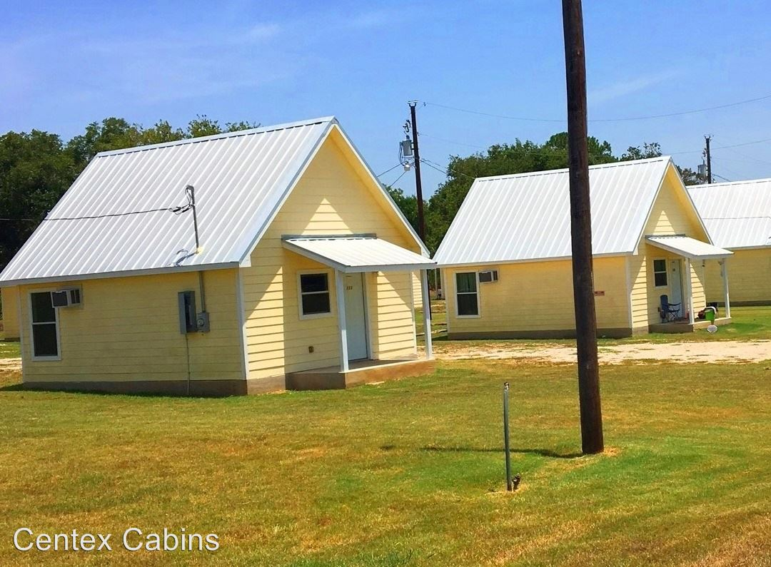 2 Bedrooms 1 Bathroom Apartment for rent at 403 Free Timber Lane in Stockdale, TX