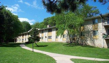 2060 Allen Blvd Apartment for rent in Middleton, WI