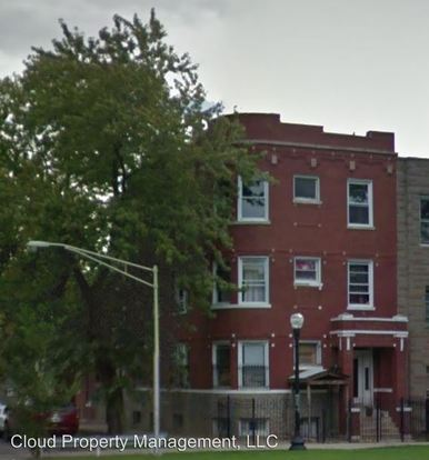 3 Bedrooms 2 Bathrooms Apartment for rent at 2435 S. California Blvd. in Chicago, IL