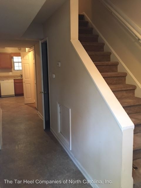 3 Bedrooms 1 Bathroom Apartment for rent at 510 Webster Street A-c in Cary, NC